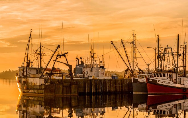 Yarmouth, Fishing, Nova Scotia, Canada, Canadian Art, Art, Fine Art, sunset, reflection, tranquil,